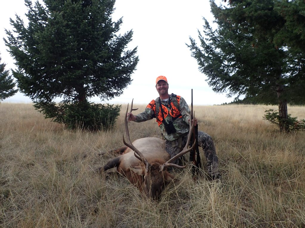 Game Hunts Elk Deer Bear Wolf Mountain Lion Moose Bow Rifle